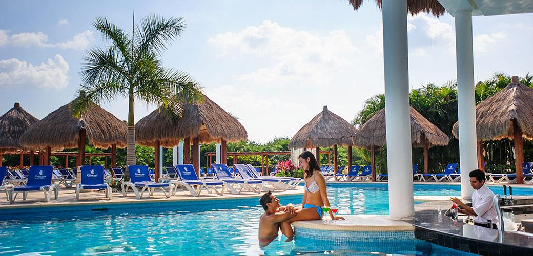 142029-resort-in-riviera-maya-grand-riviera-princess-hotel-pool-bar