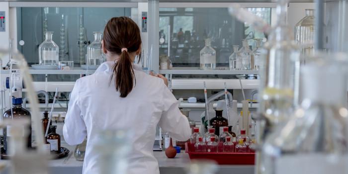 薬剤師 化学者