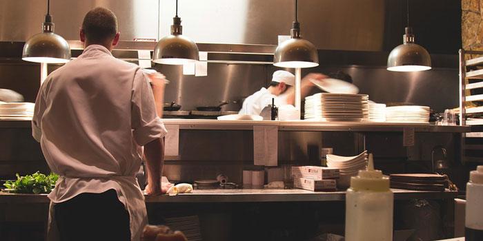 マナー系資格のレストランサービス技能士