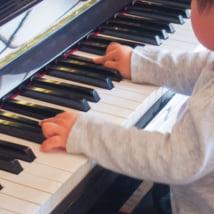 ピアノ講師になるには