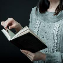 作家で収入を得たい女性