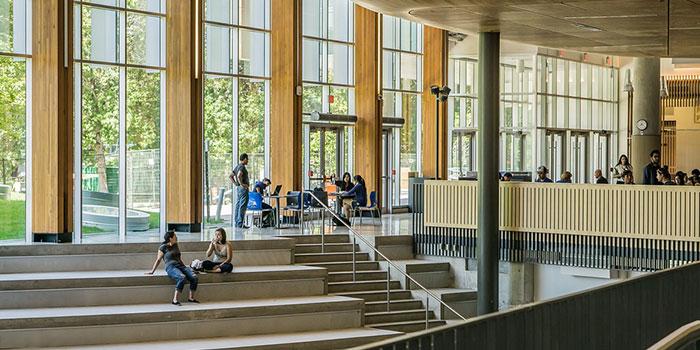 国立大学の年収