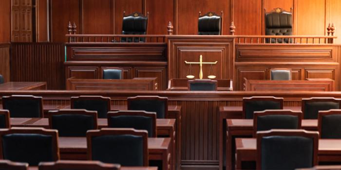 裁判官の勤務時間
