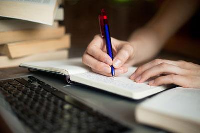 基本書で勉強をする人